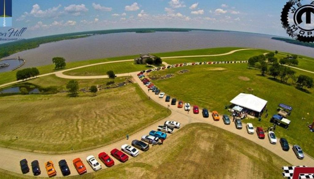 DFWLX Mopar Club Visits Beacon Hill on Cedar Creek Lake