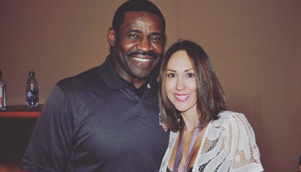 P;ayer Promotions Team with NFL Legends